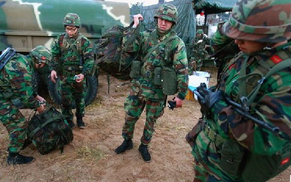 组图 韩国海军陆战队延坪部队实战演习图片图片