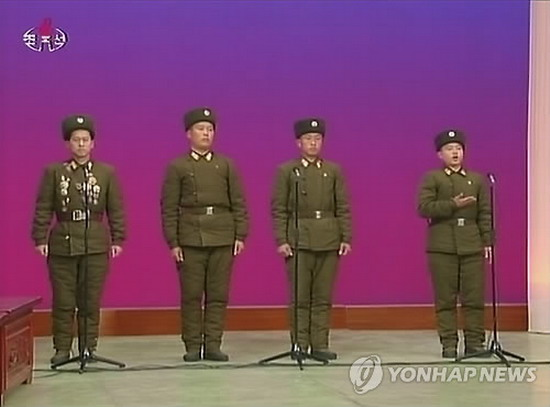 组图:朝鲜媒体播放炮击延坪岛事迹座谈会视频