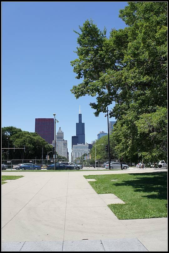 帅哥 芝加哥/两个跑步的帅哥吸引了我的目光。...