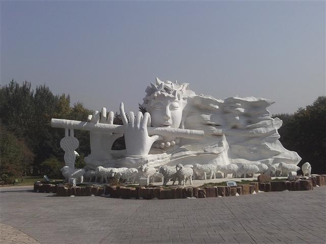 哈尔滨太阳岛冰雕展(图)